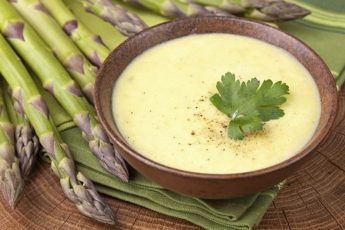 Suppe med asparges